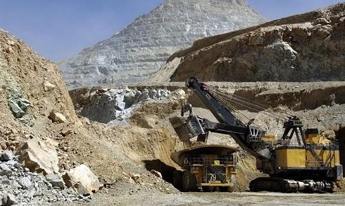 chile-antofagasta-mineria-cobre-plc-diego-hernandez