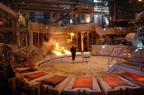Cobre anota nueva alza por expansión de sector manufacturero en China