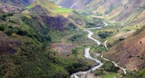 Chilena Codelco y Ecuador acuerdan desarrollar proyecto de cobre Llurimagua