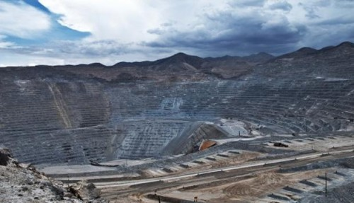 proyecto-inversion-hierro-mining-jinzhao-pampadelpongo