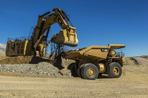 mineria-subterranea-tecnologia-finning-expomin-camion794