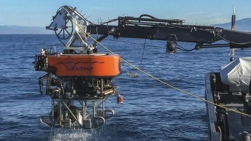 exploracion-mapa-mundo-ingenieria-3d-submarino