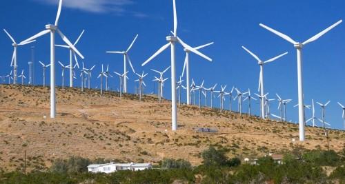 energia-solar-estudio-eolica-neo-bnef