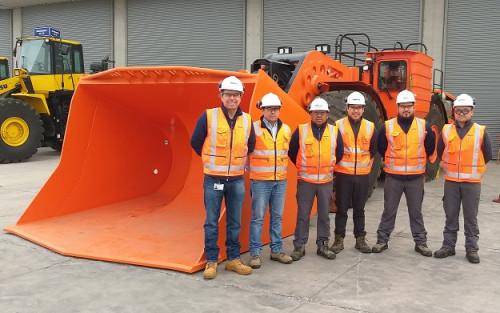 Así funciona el cargador frontal de Komatsu que hizo debutar la electromovilidad en la minería en Chile