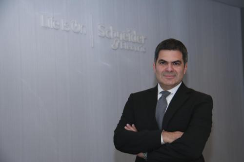 Schneider Electric: «Entrenar a las personas es la base para cualquier empresa que esté llevando a cabo una estrategia de Internet de las Cosas»
