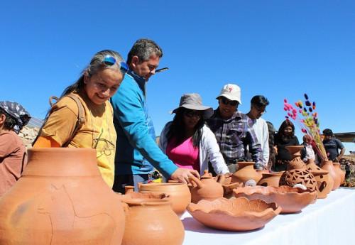 Preservando las tradiciones de la alfarería en Toconce
