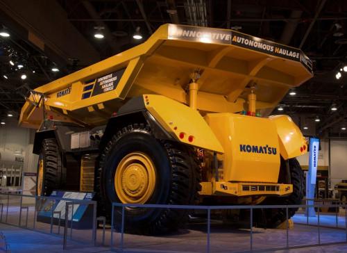 Komatsu aumentará su flota de camiones autónomos en 2020