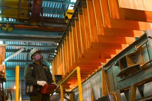 Precio del cobre experimenta fuerte repunte de 160 porciento