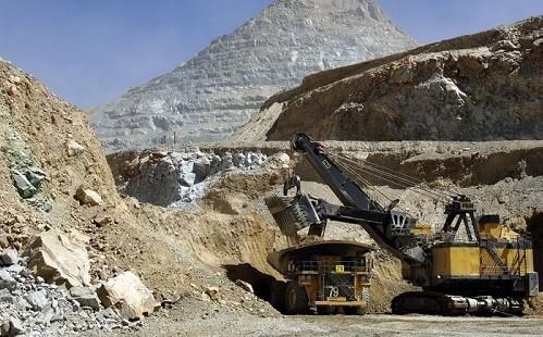 Antofagasta Minerals obtiene mayor crédito de su historia para financiar inversión en Minera Los Pelambres