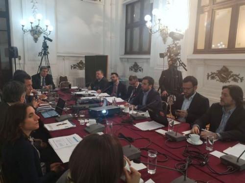 Consejo Minero expone observaciones al proyecto de ley que busca rebajar a 40 horas la jornada laboral