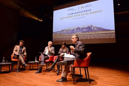 Representantes de diversos sectores políticos concuerdan en que una minería con valor agregado es clave para el futuro del país