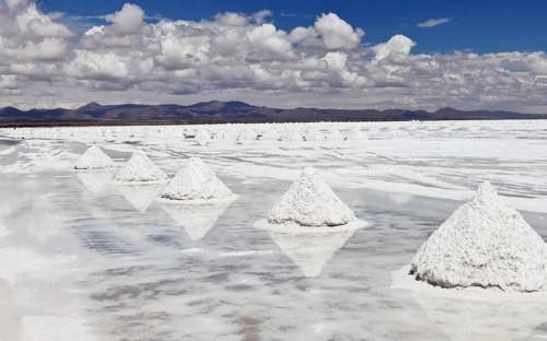Tianqi posterga ampliación de proyecto de litio en Australia ante exceso de oferta global