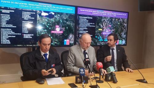 Gobierno asegura que Volcán Villarrica se monitorea permanentemente y llama a informarse por canales oficiales