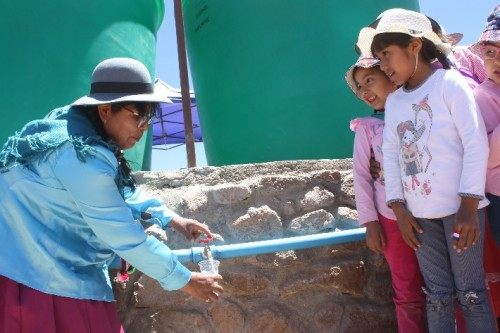 minera-comunidad-elabra-aguapotable-cupo
