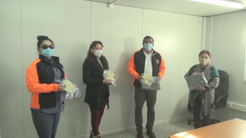 Minera Centinela entregó mascarillas confeccionadas por emprendedoras locales a vecinos de la comuna de Sierra Gorda