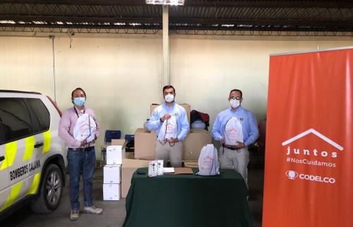 Bomberos de Calama se sumó a instituciones beneficiadas con entrega de kits sanitarios