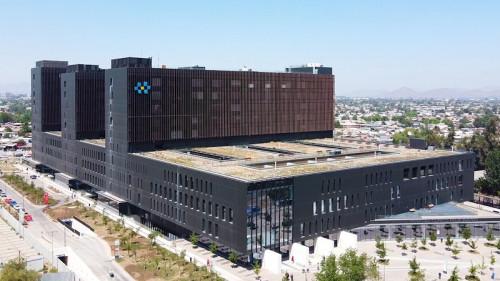 ABB asegura energía crítica para el hospital Félix Bulnes