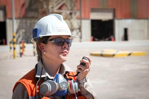 Metso Outotec renueva su compromiso con la Mesa Nacional Mujer y Minería