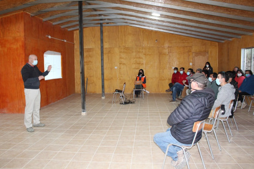 Minera Tres Valles mantuvo exitoso encuentro con la comunidad de Manquehua para afianzar lazos y exponer protocolos de la compañía