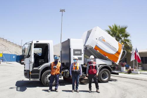 Grupo minero Carola Coemin adquiere moderno camión para barrer y aspirar polvo