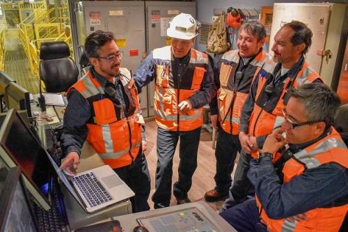 Integrantes de Refinería actualizan procedimientos de trabajo en formato audiovisual