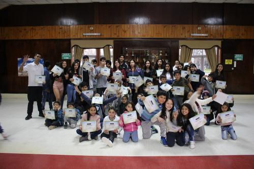 Kinross apoya el desarrollo escolar de estudiantes collas