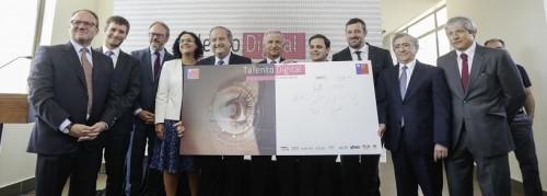 Ministros de Hacienda y Trabajo firman inédita iniciativa públicoprivado Talento Digital para Chile