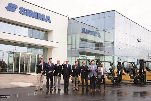 Finning firma acuerdo comercial con Grupo Simma