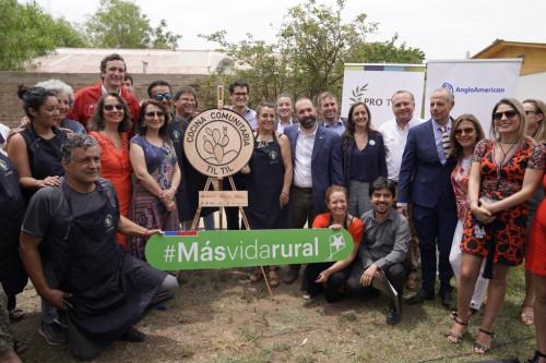 En Til Til se inaugura la primera Cocina Comunitaria de la Región Metropolitana
