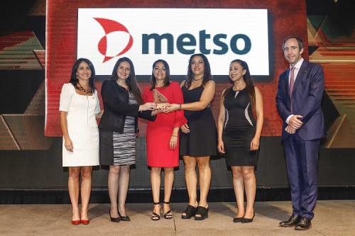 """Metso Chile recibe el premio """"Conciliación y Corresponsabilidad"""" que otorga Aprimin"""