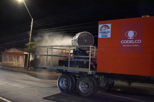 Con sanitización de calles Codelco apoya a la comunidad frente a la emergencia por coronavirus