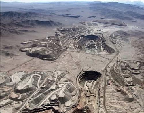 Minera licita servicio de reparación de poleas para una de sus divisiones