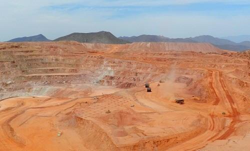 """BHP: """"Que las mineras en Chile paren no es bueno para el país, para los trabajadores y no es bueno para el mundo"""""""