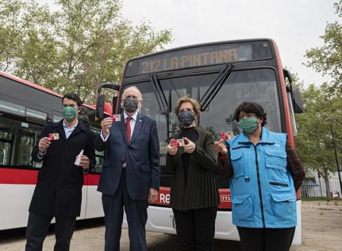 Ministros de Transporte y Minería valoran incorporación de 50 buses eléctricos al transporte público capitalino