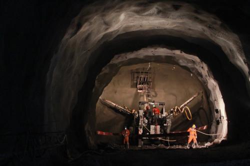 Minera licita servicio de inspecciones de seguridad y planificación