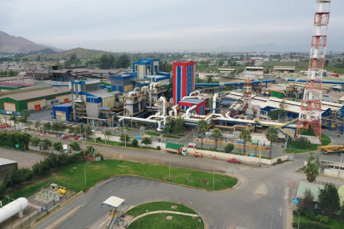 Aprueban RCA de proyecto que moderniza planta de Molymet: busca reducir en un 40 adicional sus emisiones anuales de SO2