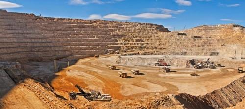 CEO de Barrick visita Chile y evalúa nuevas opciones en el país