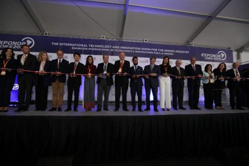 Con un fuerte enfoque en proyectos y el fomento del empleo local se inaugura Exponor
