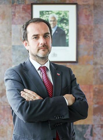 Alfonso Domeyko Letelier es nombrado director nacional de Sernageomin