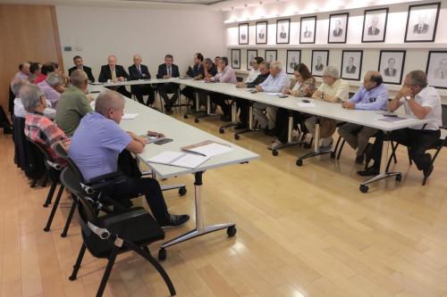 Ministro Prokurica se reúne con dirigentes de la pequeña minería